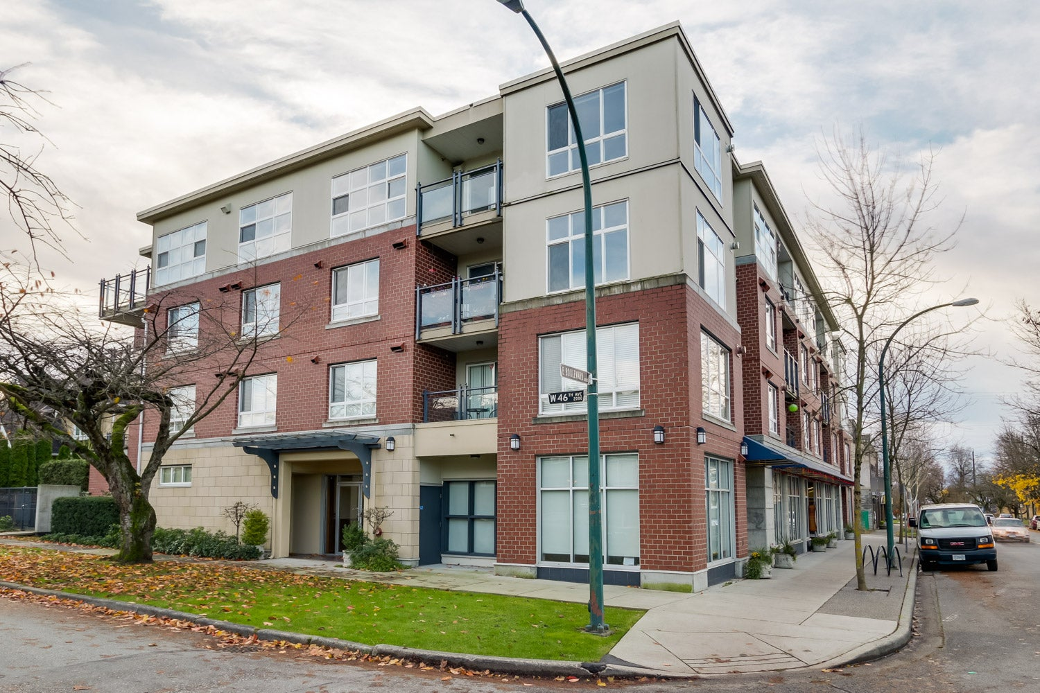 404- 2096 W 46th Avenue, Vancouver - Kerrisdale Apartment/Condo for sale, 2 Bedrooms (V1095616) #2