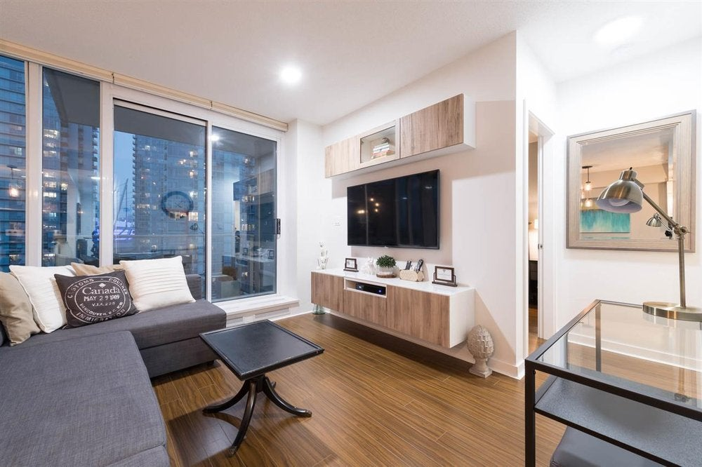 1808- 188 Keefer Place, Vancouver - Downtown VW Apartment/Condo for sale, 1 Bedroom (R2204575) #1