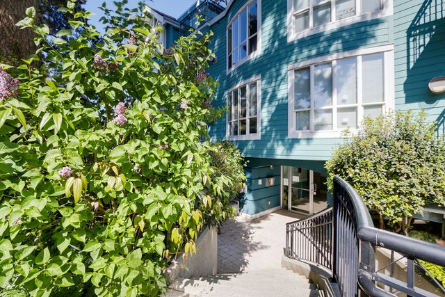 202- 1617 Grant Street, Vancouver - Grandview VE Apartment/Condo for sale, 1 Bedroom (V1118017) #1
