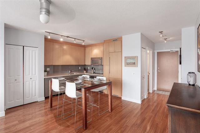1002-1833 Crowe Street - False Creek Apartment/Condo for sale, 2 Bedrooms (R2309567) #6